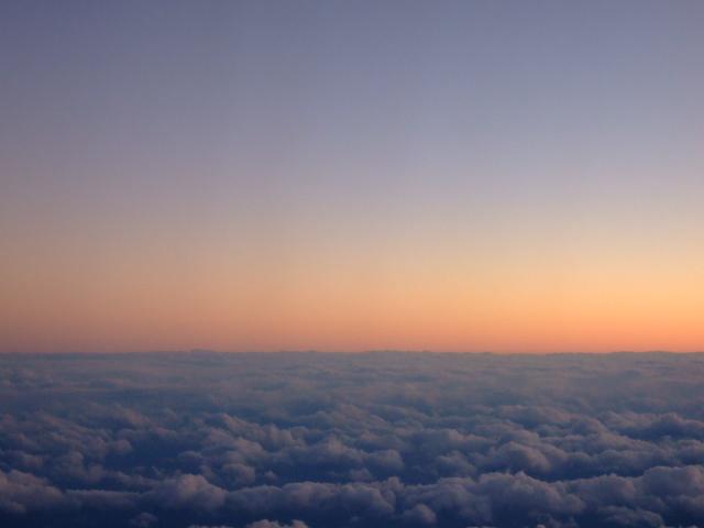 [3-6] 機上の夕焼け