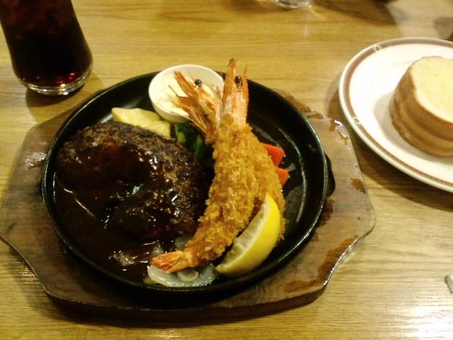 [3-8] 夕食〜