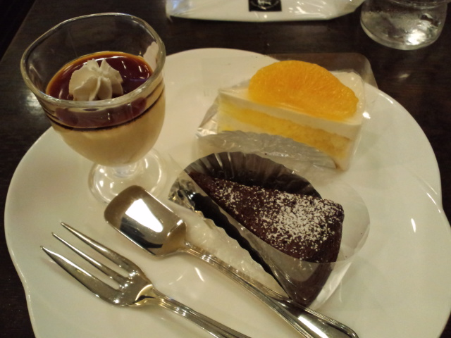 ケーキ三種☆