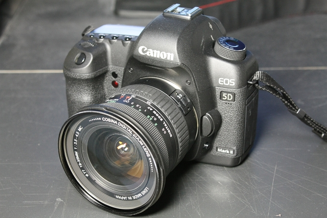 COSINA 19-35mm F3.5-4.5 AF ZOOM with EOS 5D markII